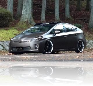 TOYOTA Prius トヨタ プリウス デモカー マットペイント マット全塗装 <京都カスタム・カー・オーディオ オンユーファクトリー>