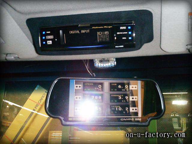トヨタ ノア NOAH ディスプレイインストール:H900ディスプレイ埋め込み アルカンターラ仕上げ