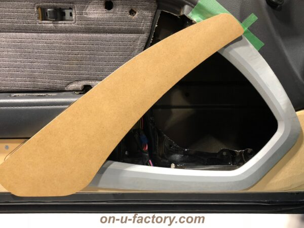 onUfactory オンユーファクトリー 70スープラ カーオーディオカスタム ドアパネル製作 スピーカー回り