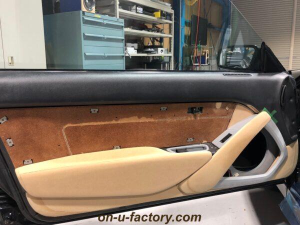 onUfactory オンユーファクトリー 70スープラ カーオーディオカスタム 70スープラ ドアパネル製作 ドア全体イメージ 製作中