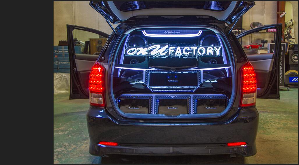 Car audio custom onuFactory ラゲッジ アンプ